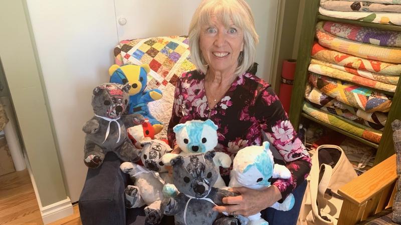 Flo Wagner donates her bears to Saskatoon police to help kids during hard times. (Miriam Valdes-Carletti/CTV News)