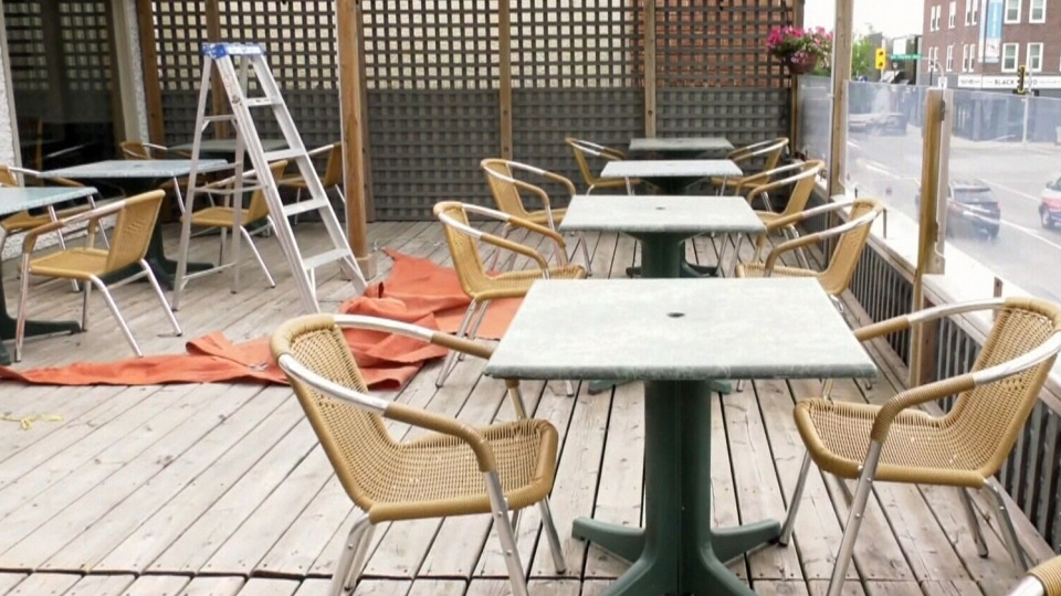 Restaurants' question new indoor dining rule