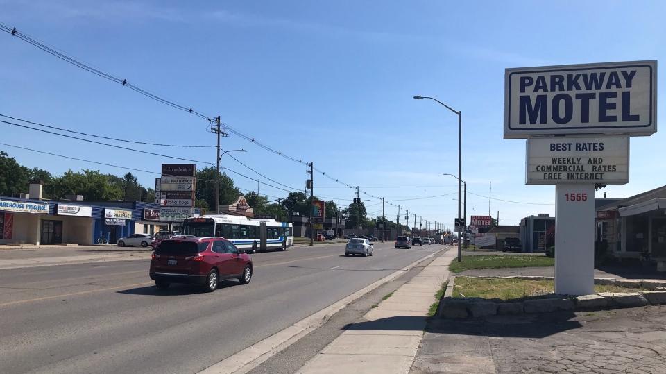 Dundas East Strip