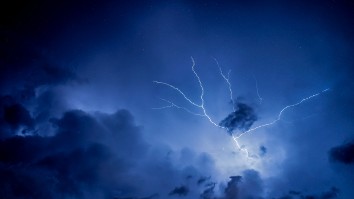 Lightning is seen in this stock image (Pexels/Rodrigo Souza)