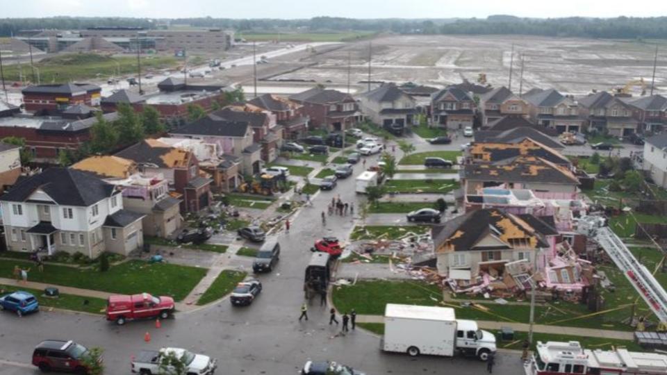 Barrie tornado 2021