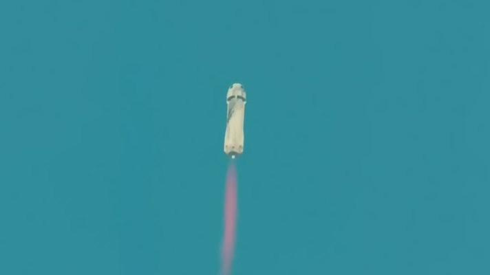 Blue Origin reaches space on 1st passenger flight