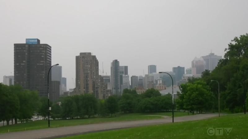 Smog blankets Montreal