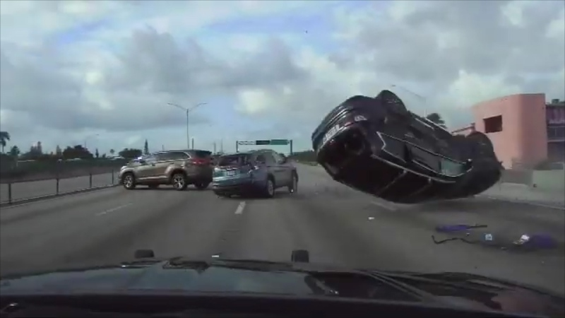 Vehicle flips during police pursuit in Florida