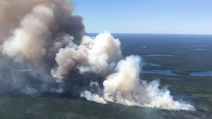 A forest fire continues to burn in northwestern Ontario. (Twitter/Ontario Forest Fires)