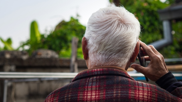 As the COVID-19 pandemic swept the globe in early 2020, people around the world found themselves confined to their homes and limited to speaking to friends and loved ones via phone or video chat. (Shutterstock via CNN)