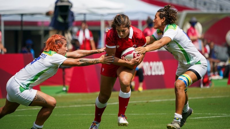 Canada's Bianca Farella (8) runs the ball during preliminary round rugby action against Brazil, during the Tokyo Summer Olympic Games, in Tokyo, Thursday, July 29, 2021. THE CANADIAN PRESS/HO, COC, Leah Hennel