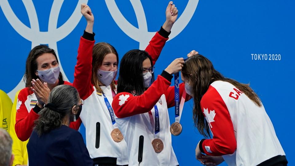 Penny Oleksiak medal awarded