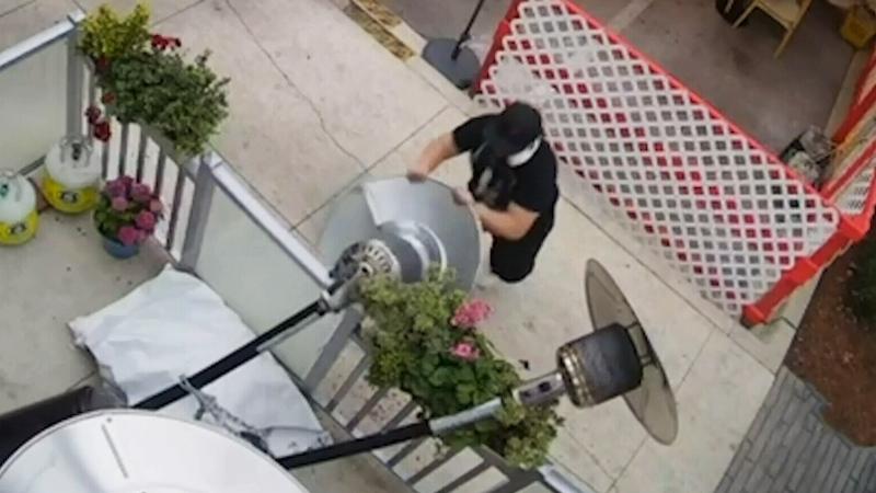Caught on camera: Surrey restaurant vandalized
