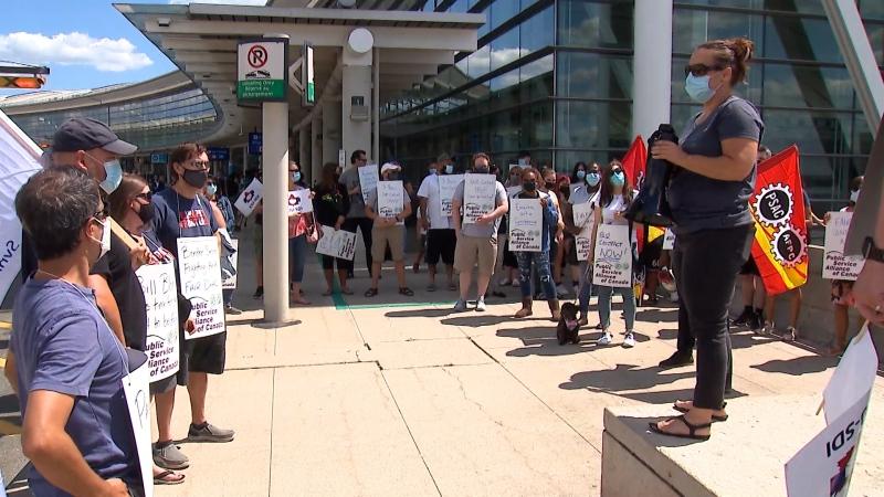 Border service officials demonstrate at Toronto Pearson International Airport on Aug. 2, 2021. (Jon Woodward/CTV News TOronto)