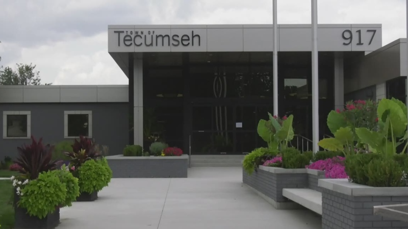 New Tecumseh, Ont. Town Hall