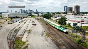 A GO Transit train is seen in London, Ont. (Source: Kyle Stefanovic)