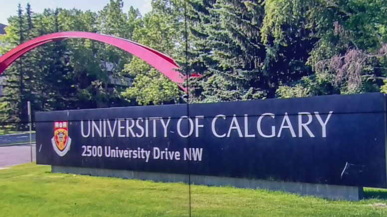 U of C faculty debate vaccinations for students