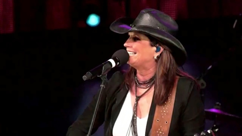 Terri Clark is a country singer who inspires other country singers and she's our Inspired Albertan. Darrel Janz reports.