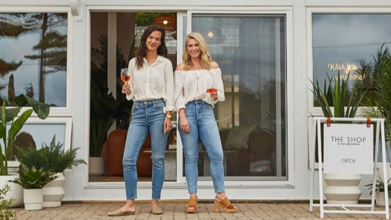 Two Canadians being the series 'Motel Makeover'