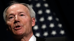 Arkansas Republican Gov. Asa Hutchinson said August 4 he regrets approving a statewide ban on face mask mandates earlier this year and has called the state Legislature into a special session in an effort to amend the law. (Win McNamee/Getty)