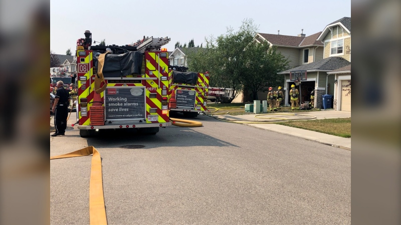 Fire crews were able to quickly put out flames in a southwest Calgary garage.