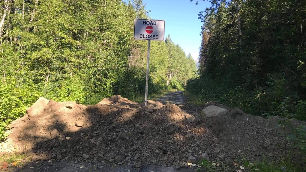 Suskwa FSR closure trench