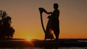 Harpist Annabelle Renzo