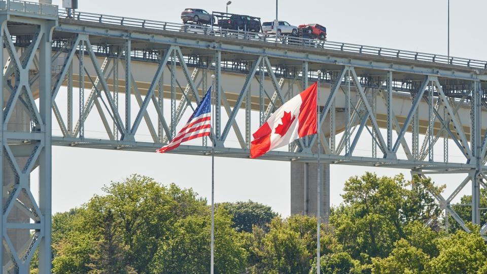 Trucks cross the Canada/U.S. border