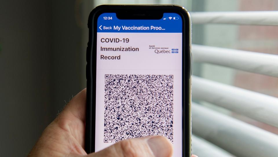 Quebec's VaxiCode app