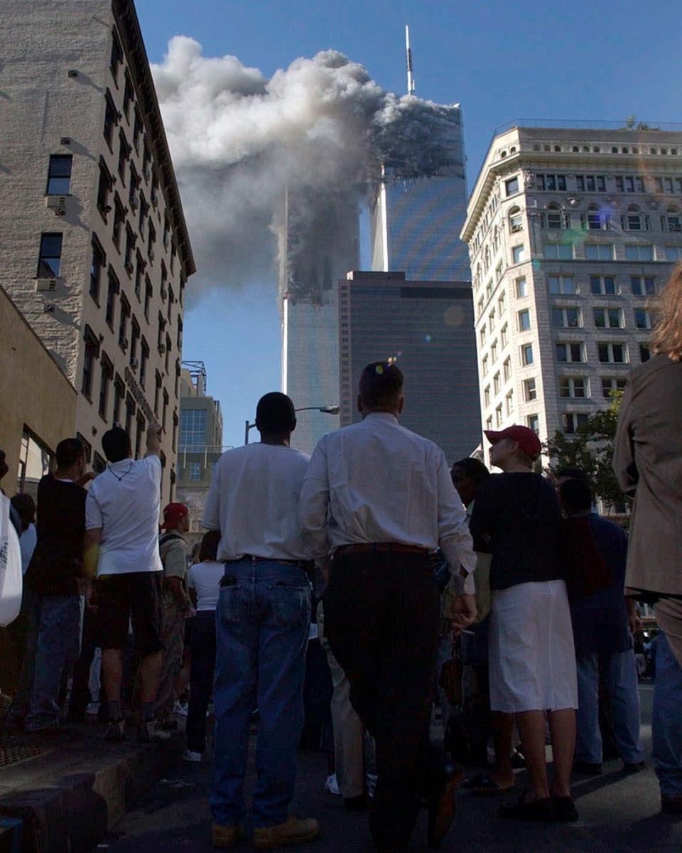 Pedestrians in lower Manhattan on 9/11