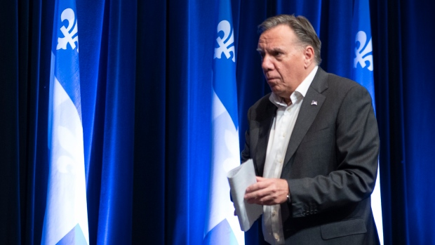 Photo of Legault wants apology for 'unacceptable' federal debate question on Quebec laws   CTVNews