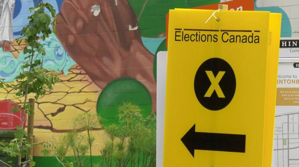 Elections Canada sign Ottawa advance poll