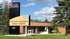 Viscount Alexander Public School in Cornwall, Ont.  (Peter Szperling/CTV News Ottawa)
