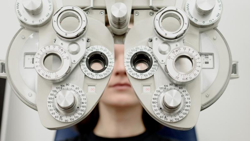 A girl is seen getting an eye exam in this stock photo. (Ksenia Chernaya/Pexels)