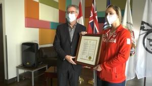 Mayor Jim Watson with Gaby Dawrowski at Ottawa City Hall. (Leah Larocque/CTV News Ottawa)