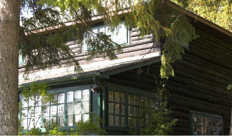 This home was built in 1925 with logs retrieved from the Mattagami River. It's only had two owners and now they've agreed to have it designated as a property with historical value. (Lydia Chubak/CTV News)