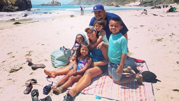 Daniel and Davy Macias with their children. (From their GoFundMe)