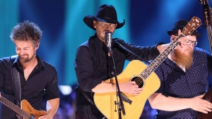 Paul Brandt performs at the Canadian Country Music Awards in Hamilton, Ont. on Sunday, September 9, 2018. The country music star is being criticized on social media for recent comments he made about the COVID-19 vaccine and natural immunity to the virus. THE CANADIAN PRESS/Peter Power