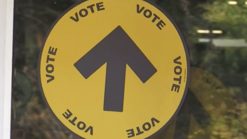 A voting sign is pictured on Sunday, September 19 (Kraig Krause/CTV News)