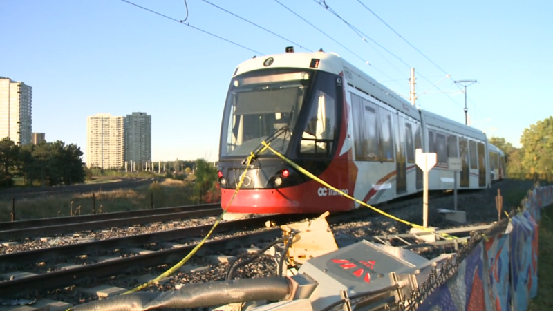An LRT train that detailed on Sunday, Sept. 19 remained on the line on Monday, Sept. 20. (Jim O'Grady / CTV News Ottawa)