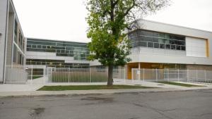 How to stop COVID spread in Quebec schools?
