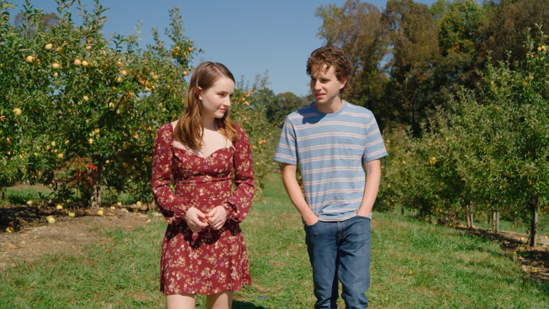 """This mage released by Universal Pictures shows Kaitlyn Dever, left, and Ben Platt in a scene from """"Dear Evan Hansen."""" (Universal Pictures via AP)"""