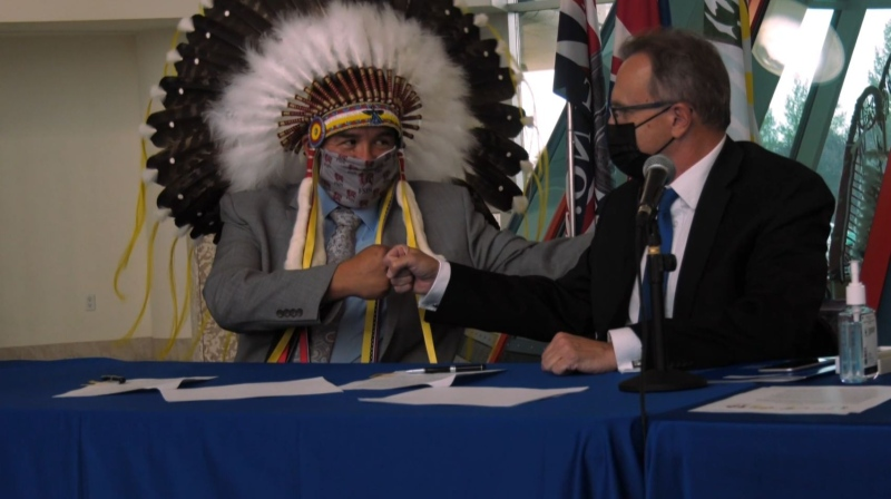 SIGA and province sign gaming agreement