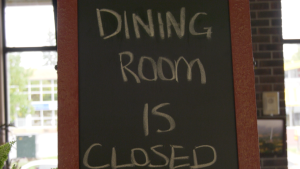 Dining room is closed sign at Sudbury restaurant. Sept. 23/21 (Ian Campbell/CTV Northern Ontario)