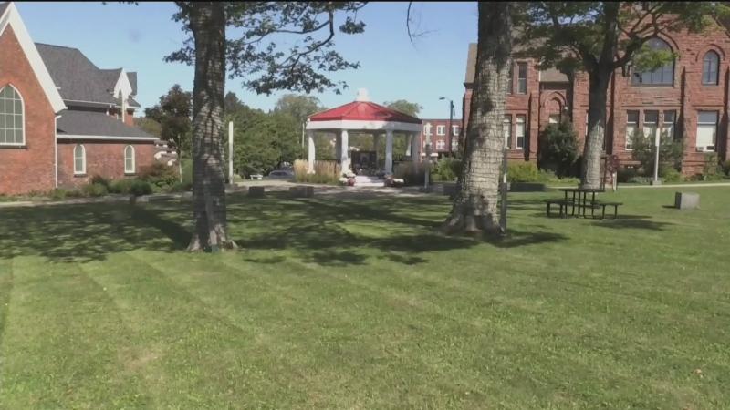 Memorial for Amherst, N.S. family