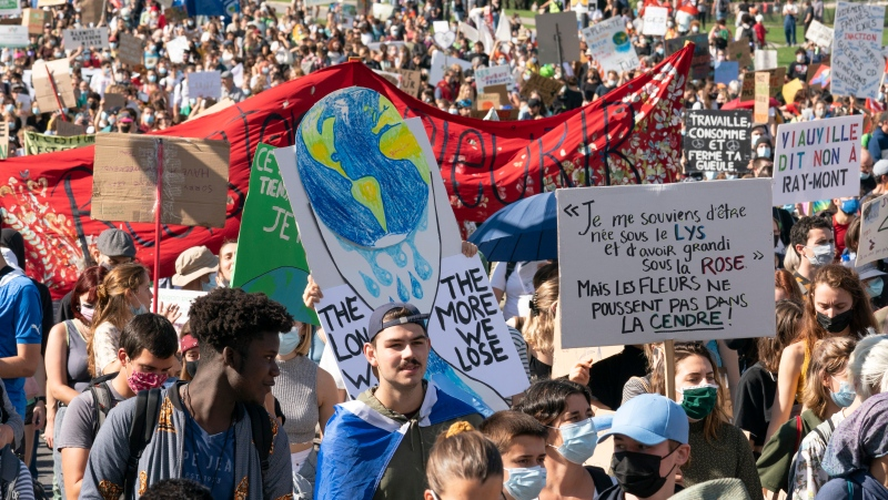 Students take part in a climate change protest, in Montreal, Friday, Sept. 24, 2021. THE CANADIAN PRESS/Ryan Remiorz