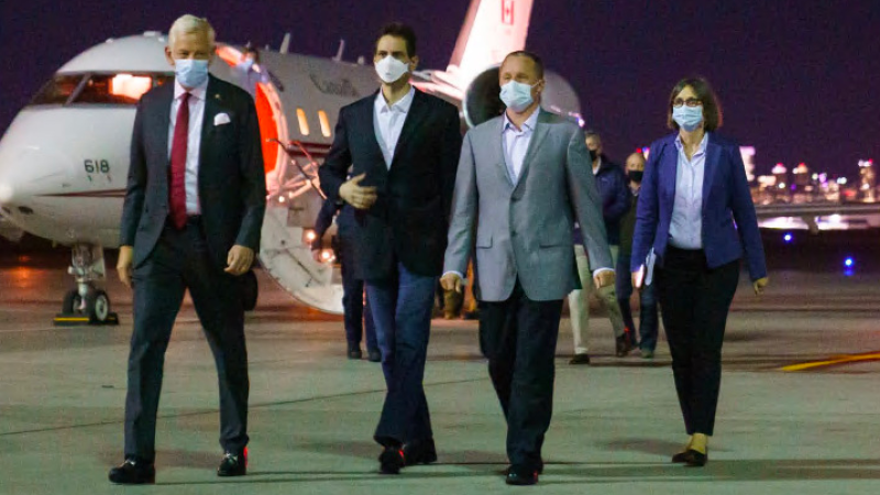 Photo of Michael Spavor and Michael Kovrig arriving in Canada. Source: Prime Minister Justin Trudeau