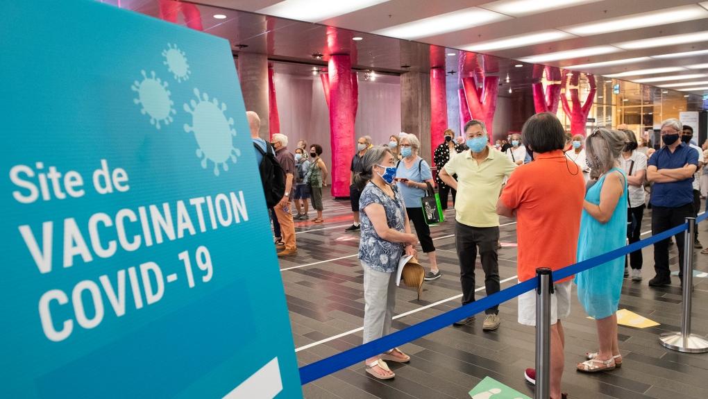 Palais des congres COVID-19 vaccination site