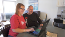 Cheryl and Stuart Duff check out a new web site to help people with chronic kidney disease