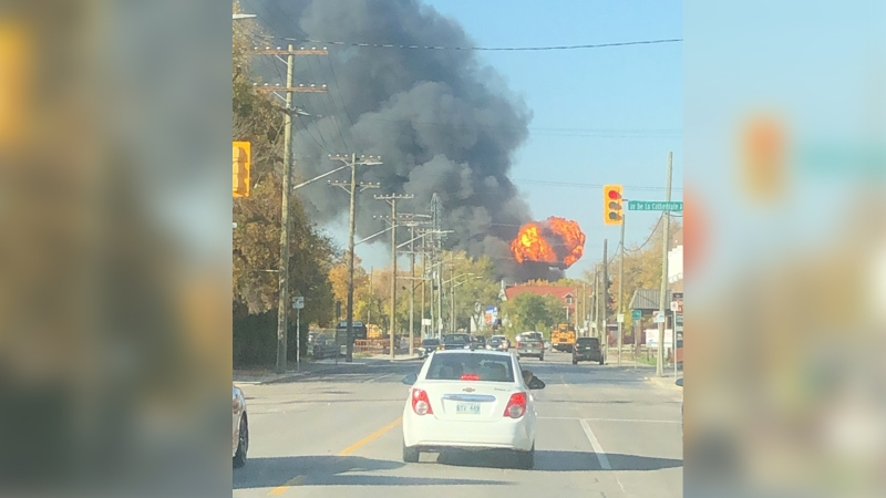 Smoke from a large warehouse fire in the first 100 block of Point Douglas Avenue. (Source: Brandon Byron)