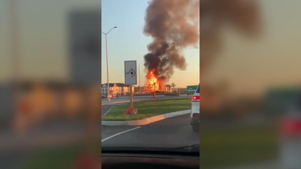 Fire at a new development under construction in Kanata. (Photo courtesy: Jordan Isen)