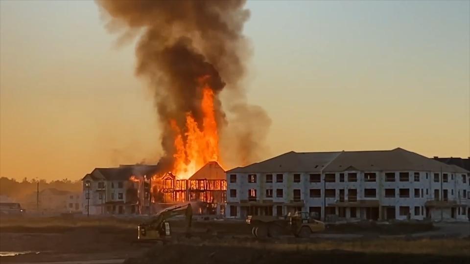 Kanata housing development fire