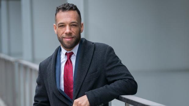'Fue emocionalmente agotador': el candidato a la alcaldía de Montreal dice que recibió un mensaje vehementemente racista