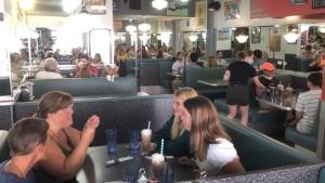 Customers eat in Zak's Diner in Ottawa. Summer 2020. (Dave Charbonneau / CTV News Ottawa)